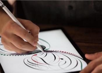 Με iPad και μολύβι